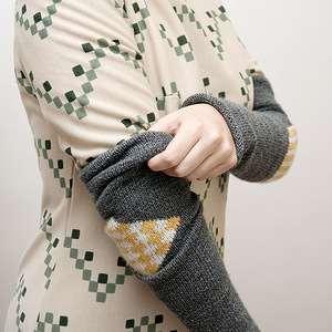 Художественная штопка дырка в вязаном изделии