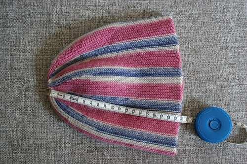 Необычный способ вязания шапок крючком