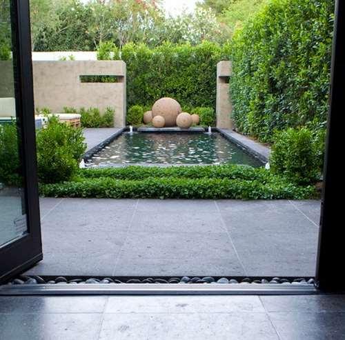 Декоративные шары из цемента для сада. Идеи и мастер-класс (2) (590x582, 162Kb)