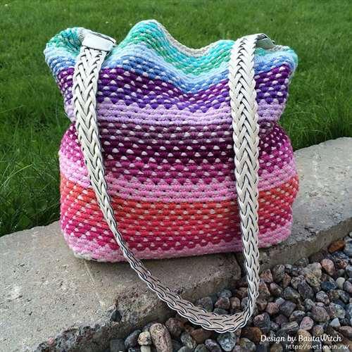 a35ffa1d7724 Оригинальный способ вязания сумки-мешка крючком